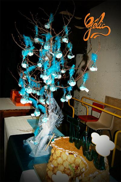 arbre-gouttes-dragées-bleu-ptte.jpg