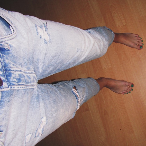 Ripped Jeans 2