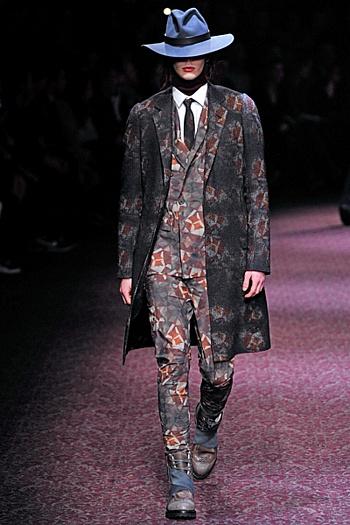 Lanvin komplektas: kostiumas + paltas
