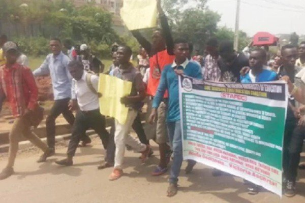Ogun students protest poor standard of education