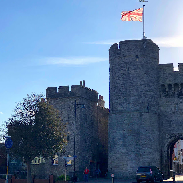 london-lifestyle-blogger-canterbury-west-gate