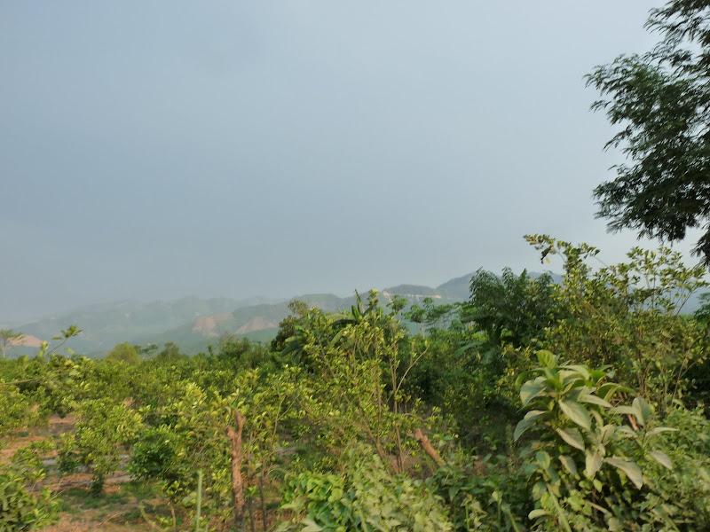 A quelques heures de route, la Birmanie