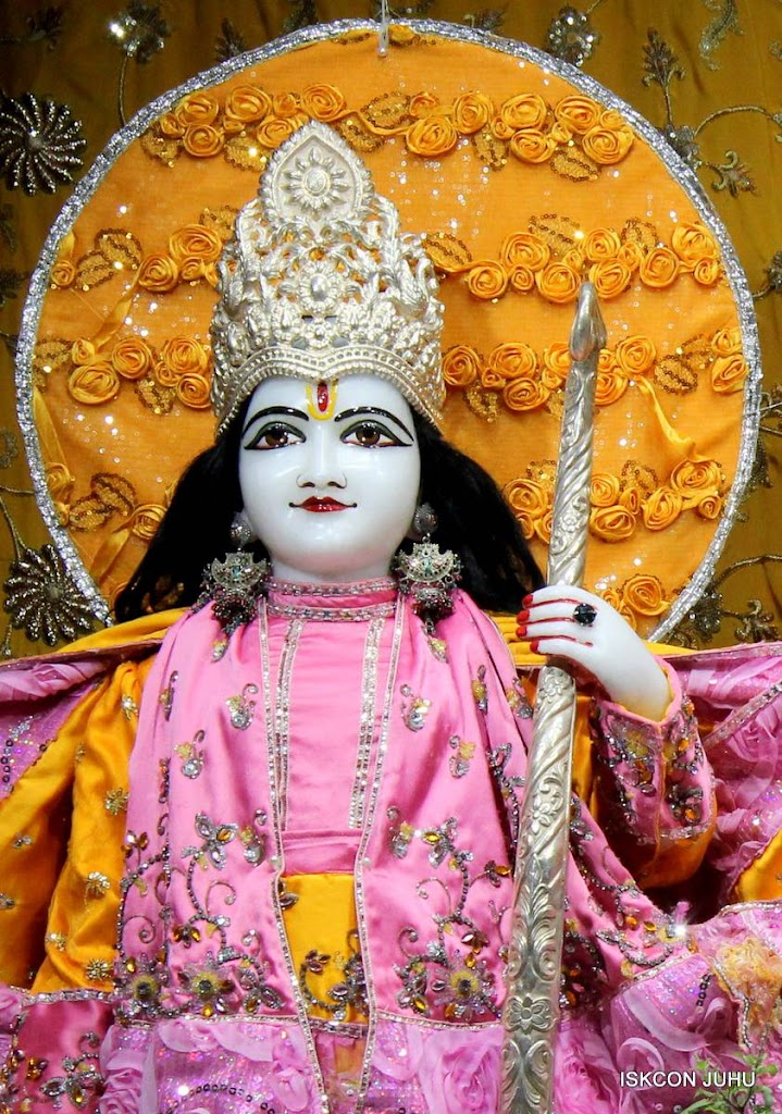 ISKCON Juhu Mangal Deity Darshan 29 Jan 2016 (7)