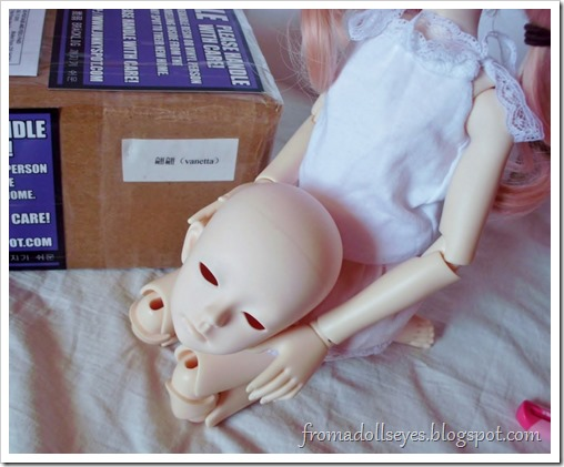 New Arrival: A Mystic Kids Doll Review: The floating head wants to see too!
