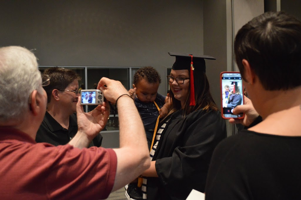UAHT Graduation 2017 - 20170509-DSC_5325.jpg