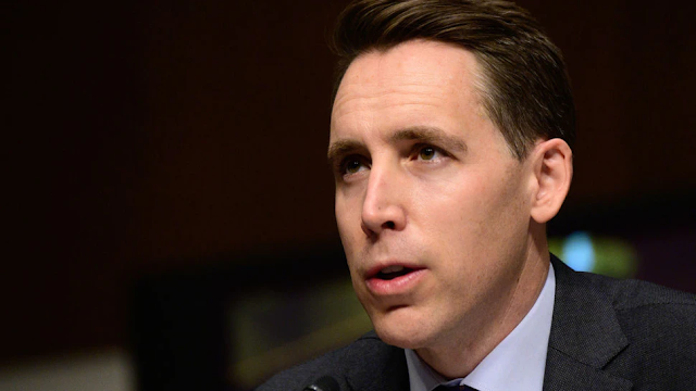 Hawley Proposes $15 Minimum Wage For Billion-Dollar Companies