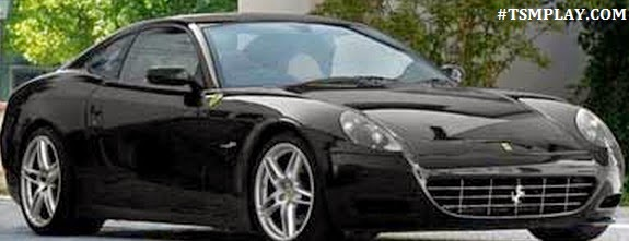 see the car of Lampard which he drives