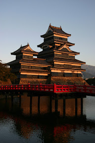Bridge and Matsumoto-jo Castle at sunset