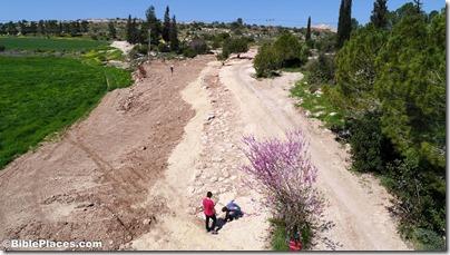 Roman road near Elah Valley aerial from southeast, ws030817218