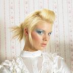 lindos-hair-caught-050.jpg