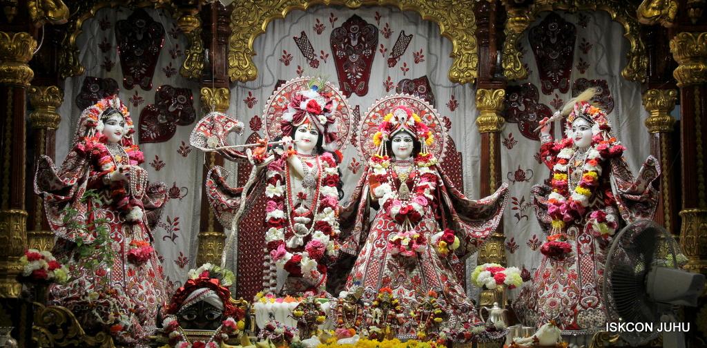 ISKCON Juhu Sringar Deity Darshan on 30th Sep 2016 (3)