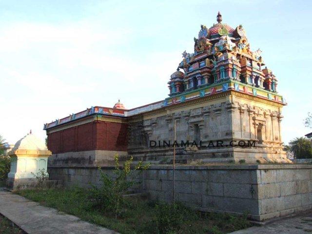 Sri Vaikalnathar Temple, Vaikanmaadakkovil, Mayiladuthurai - 275 Shiva Temples
