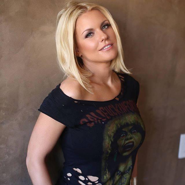 Carrie Keagan Profile Pics Dp Images