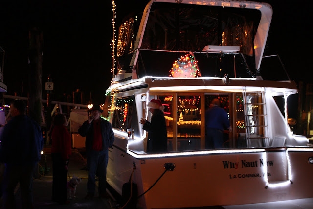 2009 Christmas Boat Parade - IMG_2702.JPG