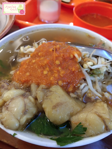 maniak-makan-soto-segeer-hj-fatimah-boyolali-transmart-solo-soto-daging-plus-sandung-lamur