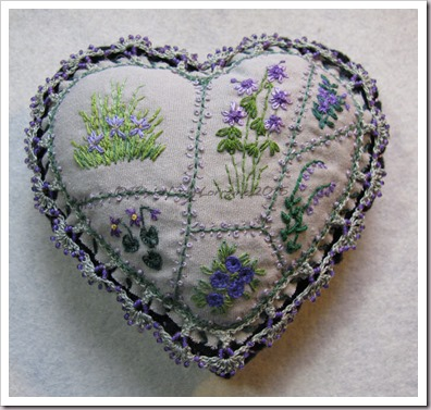 purple-flowers-heart