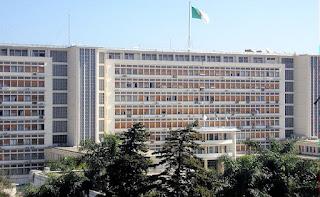 L'Algérie sans « Fikra 2016 » scrute encore une embellie dans « le trou d'air »