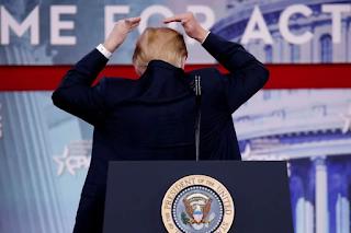 EUA definem regras para chuveiros após Trump reclamar sobre enxágue do cabelo