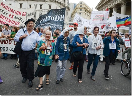 Marcha EMVJ 2016 - Entrada a la Plaza 2