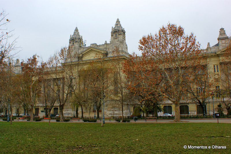 Budapeste - Szabadság tér - Praça da liberdade