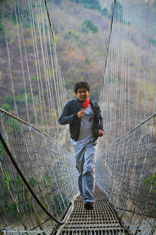 Jangjang-Balengasay hanging footbridge