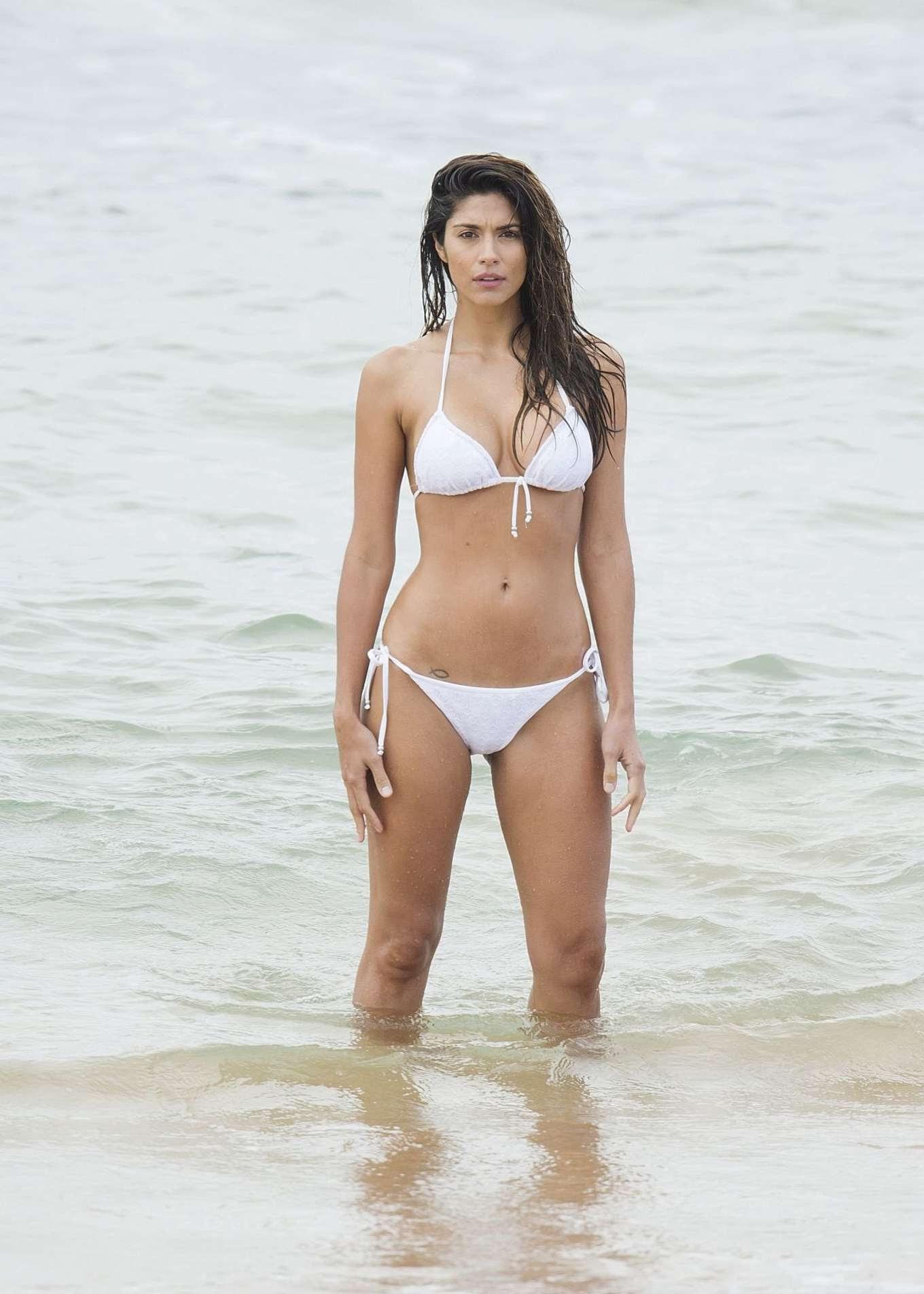 Pia Miller Bikini Nude Photos 48