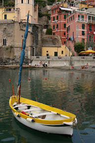 Boat on the harbour in Vernazza