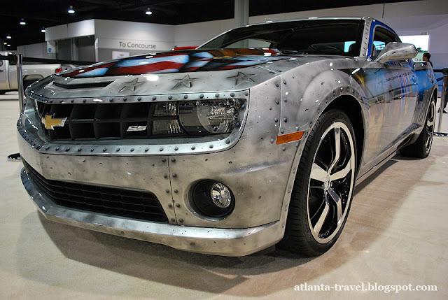 https://lh3.googleusercontent.com/-dLfxB15zyx4/TgwA-uEcBVI/AAAAAAAAEaE/x7YakVi8n-k/s640/Chevrolet_Camaro_2011-18.jpg