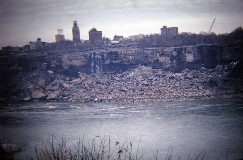 niagara-falls-turned-off-1969-2