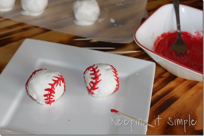 #ad Rice-Krispies-Treats®-Baseballs #GetKreative (10)