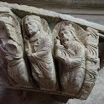 Abbatiale Notre-Dame-des-Ardents et Saint-Pierre :  fragment de voussoir, Le sommeil des Mages