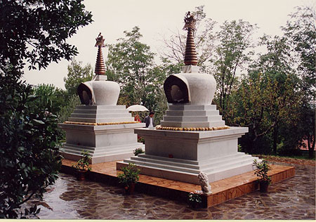 Stupas at Instituto Lama Tzong Khapa, Italy