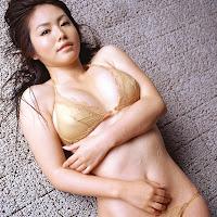 Bomb.TV 2006-09 Sayaka Isoyama BombTV-is048.jpg