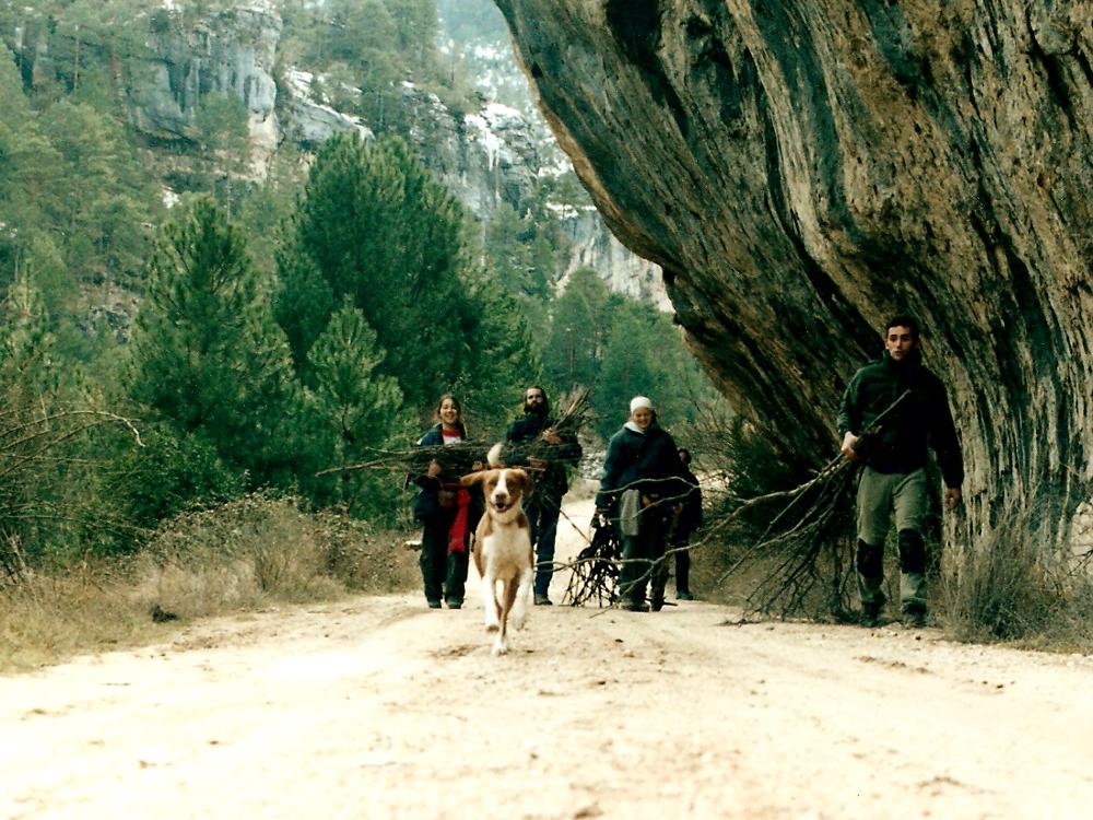 2001 · Peralejos de las Truchas, a por leña