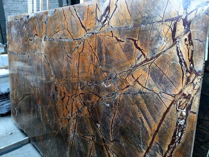 Tischplatte arbeitsplatte naturstein marmor rainforest for Couchtische granit marmor