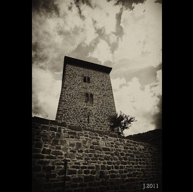 Hotel Torre de Uriz por J.O.T.A