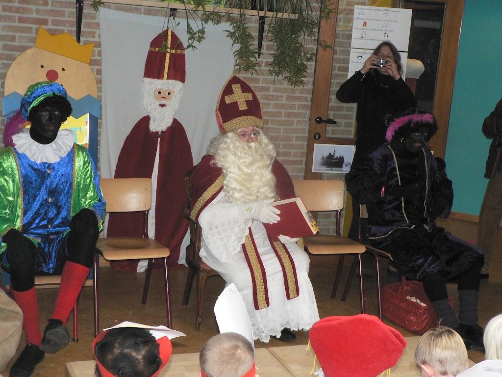 Sinterklaas op bezoek - P1270304.JPG