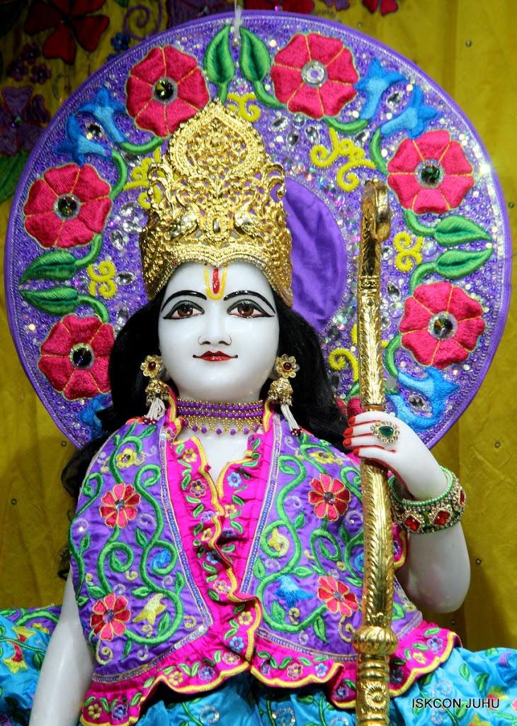 ISKCON Juhu Mangal Deity Darshan on 10th July 2016 (6)