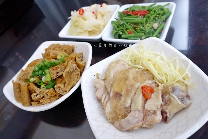 16 神仙川味牛肉麵 第一個被製成日本泡麵的台灣美食