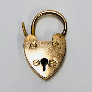 18K Gold Heart Lock Pendant