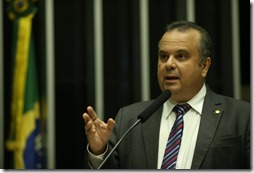 Rogério discursa _ Foto Alexssandro Loyola