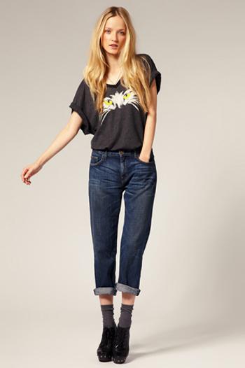 Hinh anh Phoi do dep cung quan jeans ao phong so 2