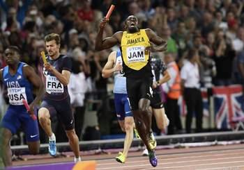 Usain Bolt's career ends in injury