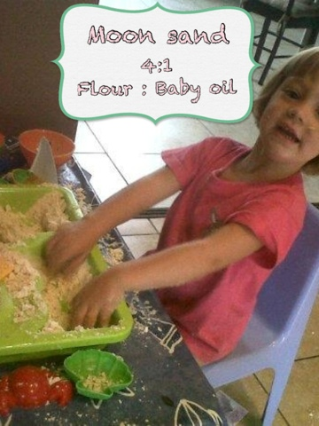 how to make moon sand with baby oil