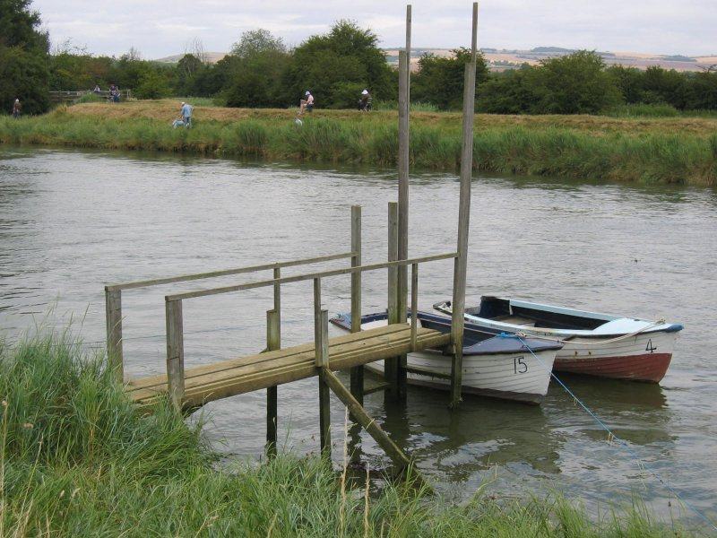 boat on river arun