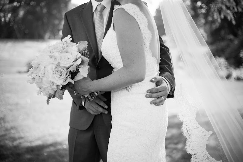 Katie and Rich - Blueflash Photography 307.jpg