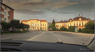 Photo: Turda - Piata 1 Decembrie 1918, Nr.29 - BCR, Nr.28 - Primaria Municipiului, cladire monument istoric - 2018.08.08