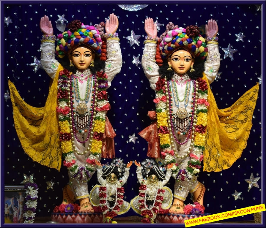 ISKCON Pune Camp Deity Darshan 11 Jan 2017 (7)
