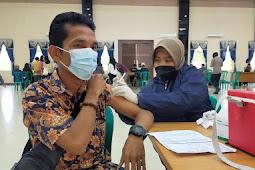 Bid Humas Polda Kepri Gelar Vaksinasi Dosis Kedua Bersama Awak