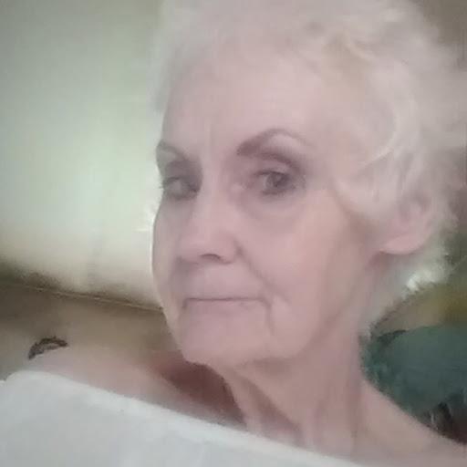 Phyllis Gordon Photo 27